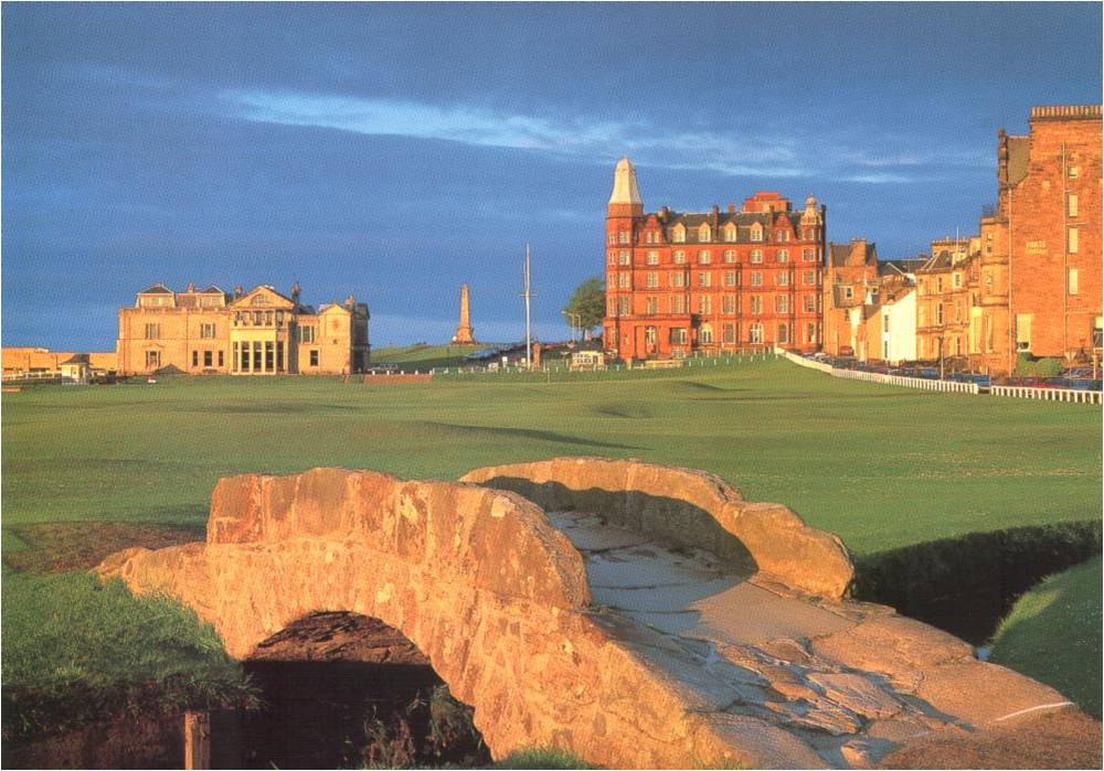 Sun  10 November March 2019 - St  Andrews, the fishing